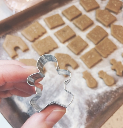 cookie cutters for tiny gingerbread